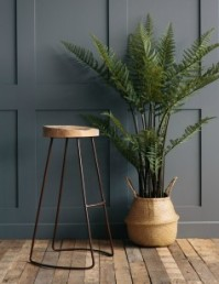 R&G stool